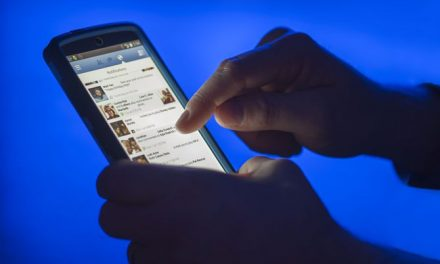 Trend or Truth? Everybody's Quitting Facebook